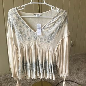 NWT - American Eagle size Small flowy blouse